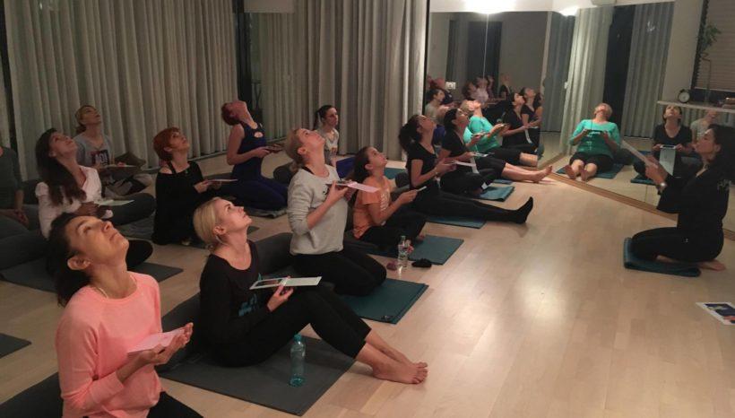 Odata cu noul an, incepem clasele regulate de Face Yoga!